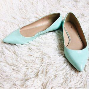Mint/aqua pointed toe flats